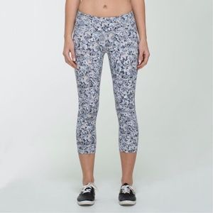 Lululemon Wunder Under Crop Luon Size 8